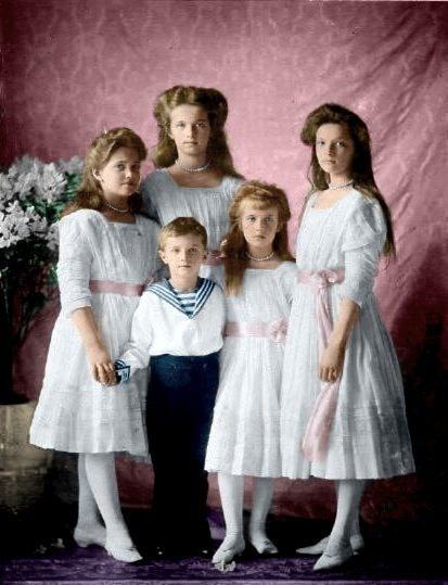 Le sorelle e il piccolo fratello