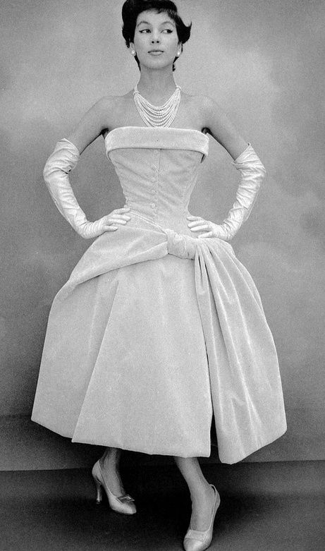 Christian Dior curaçoa dress fw 1954