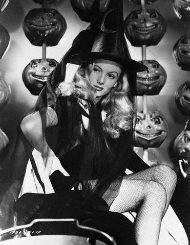 Strega e Pin Up negli anni '40 - Veronica Lake
