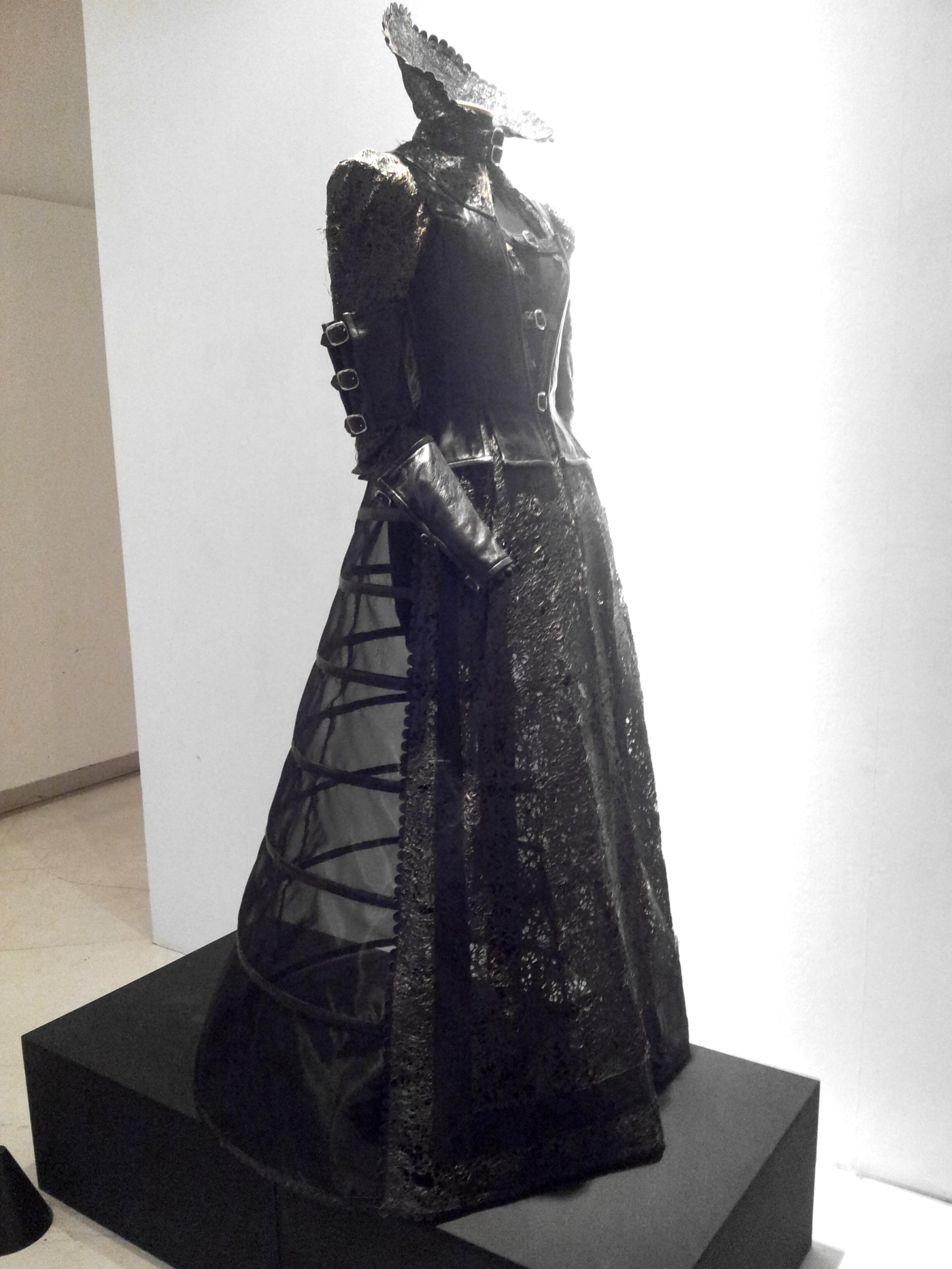 anna marchesini promessi sposi dress abito fetish