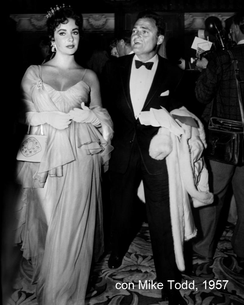 3. elizabeth taylor tiara regalata da mike todd 1957 (2)