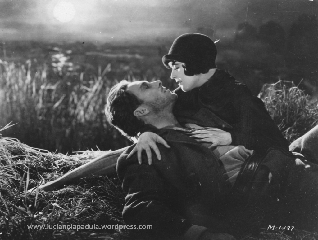 sunrise movie murau 1927 blog luciano lapadula blogger critic history fashion cinema film kiss silent cloche love