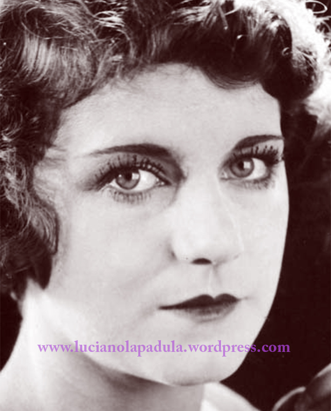 Film star Viola Dana with lashes that appear to be beaded blog luciano lapadula history make up makeup 20s book gothic trucco i macabro e il grottesco moda storia costume