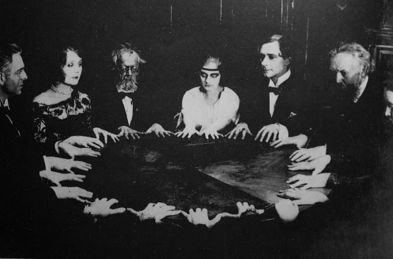 Group-conducting-a-seance