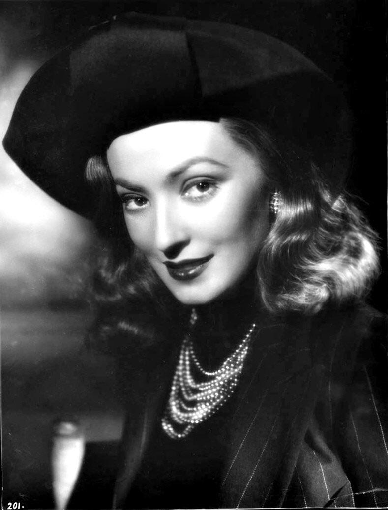 doris duranti fascism divas cinema actress vintage 30s 40s fashion