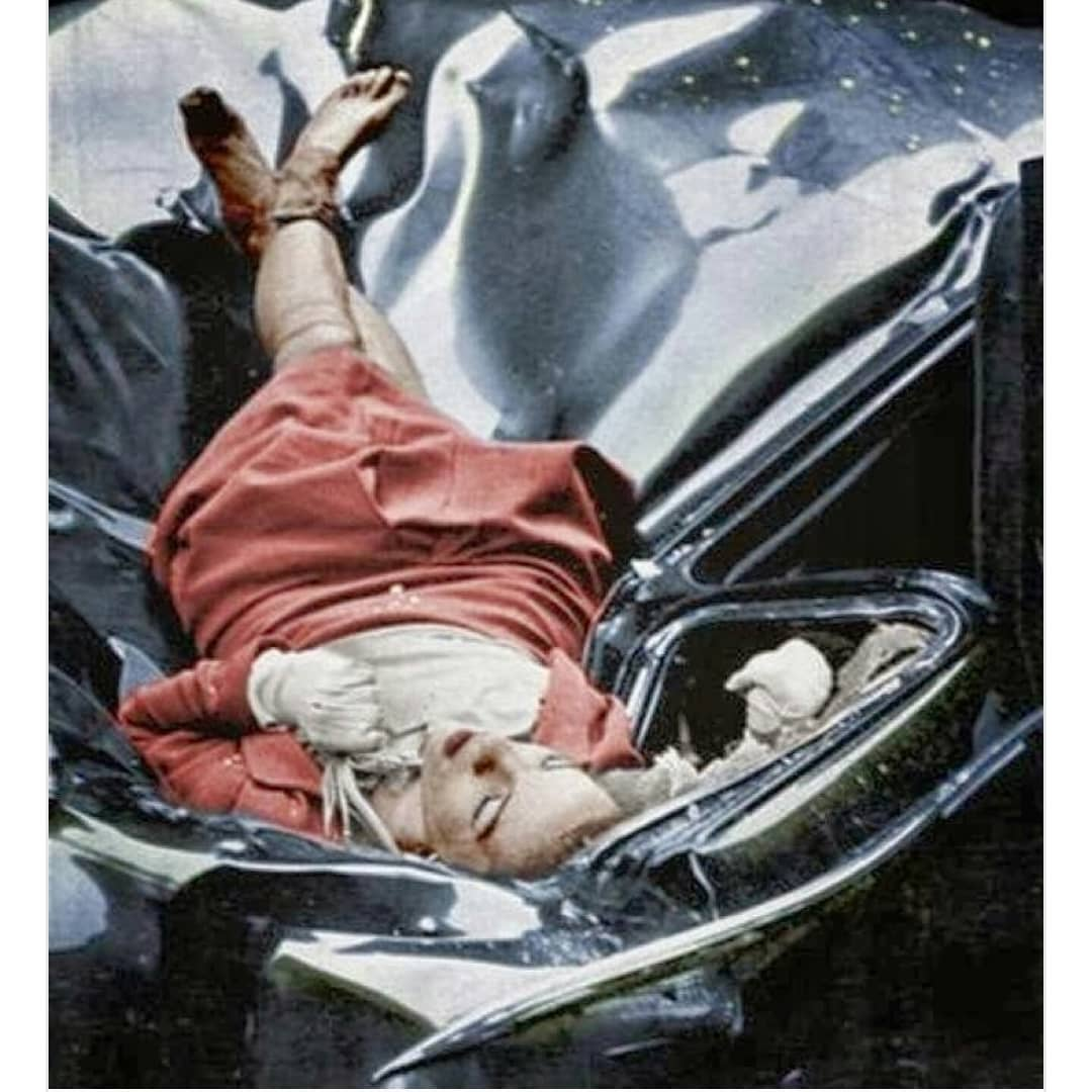 Evelyn McHale death