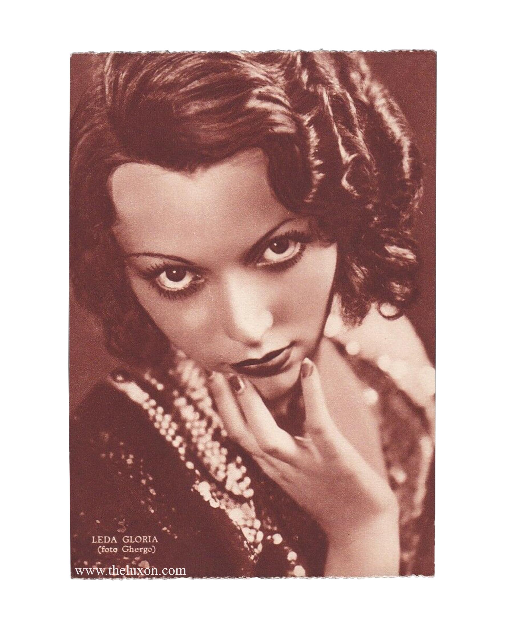 leda gloria creepy vintage photography 30s 40s fashion hisotry italian fascist divas the lux on actress