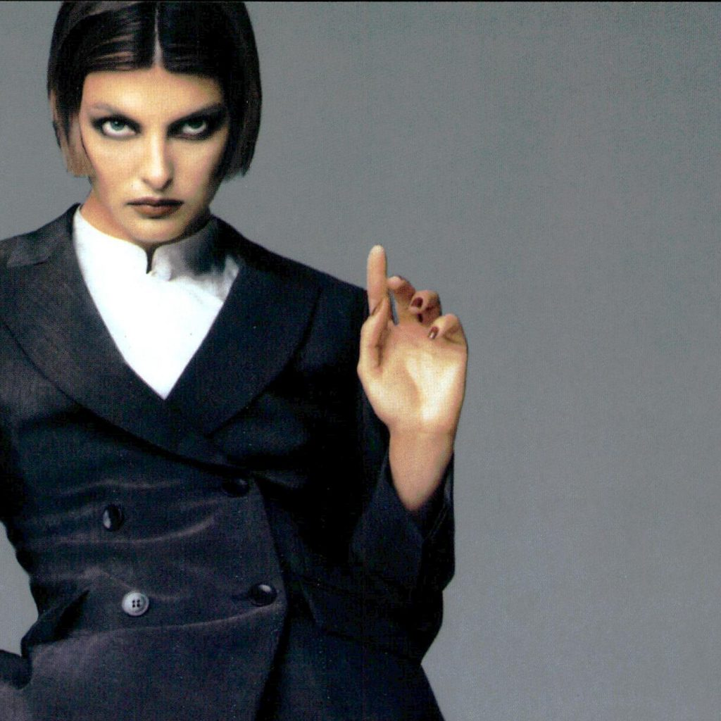 linda evangelista 90s makeup make up history the lux on blog fashion