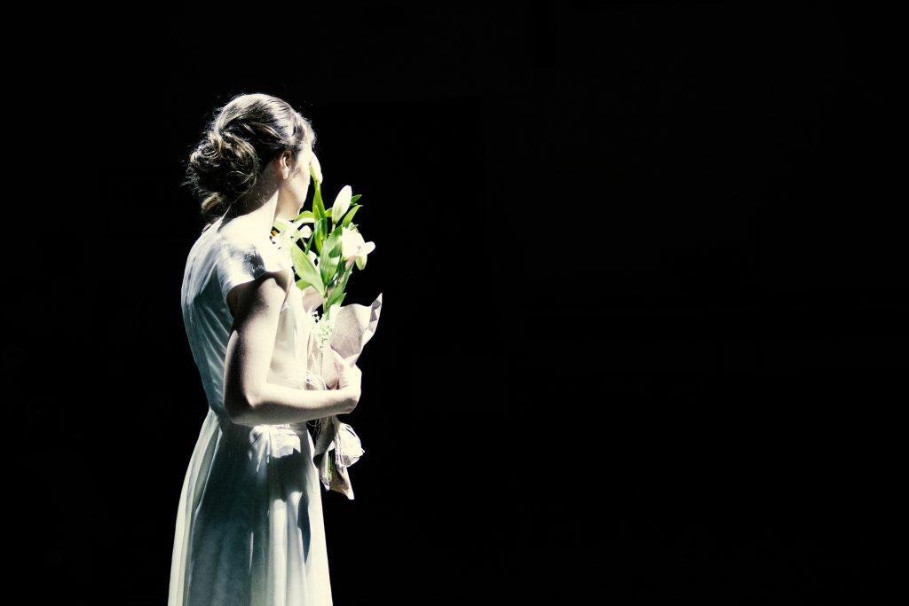 moda sotto le bombe teatro 40s fashion photography 1940s bridal