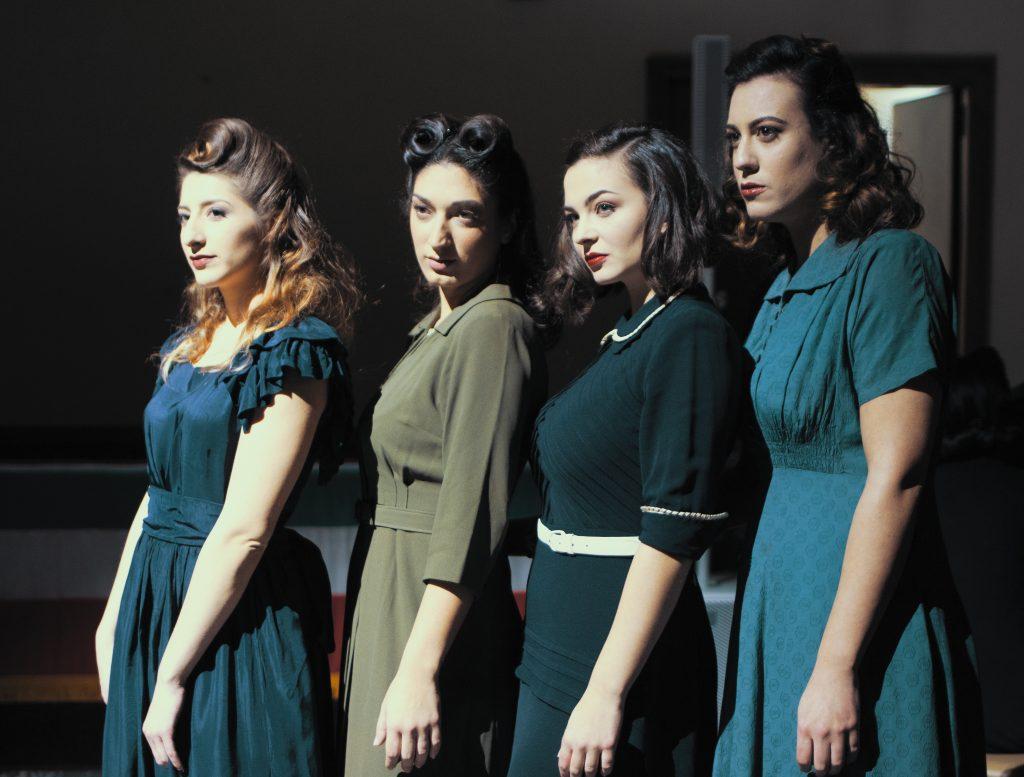 moda sotto le bombe teatro 40s women WWII war